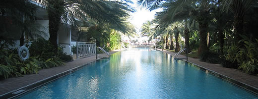 sagamore-pool-miami-beach