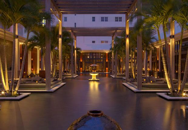 Hotels Near  Collins Avenue Miami Beach
