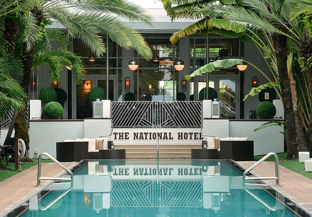 The worldwide know pool of the National Hotel in Miami Beach!