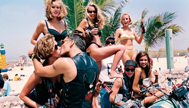 Ocean Drive in Miami Beach is simply a party beach!