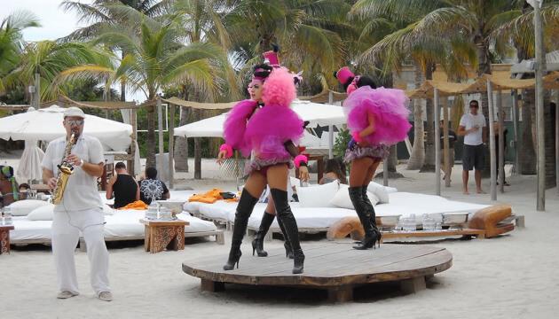 Dancers at the Nikki Beach Miami