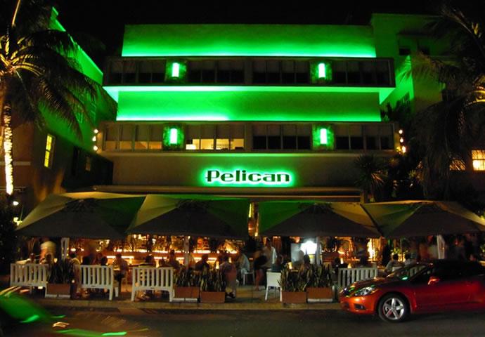 Pelican Hotel In South Beach Hotels In Ocean Drive