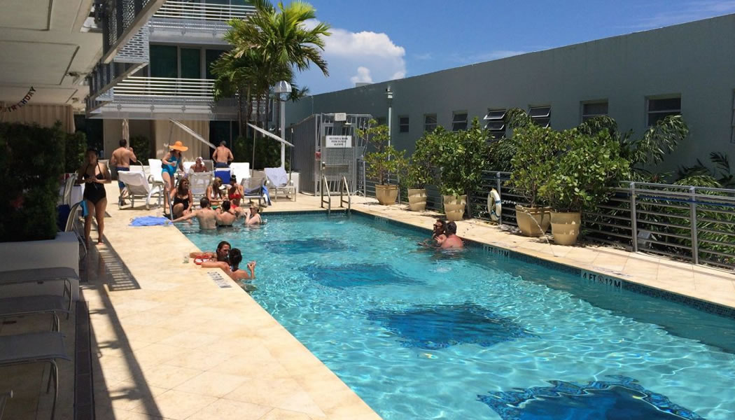The Pool Of Z Ocean In Miami Beach To Relax And Have Fun