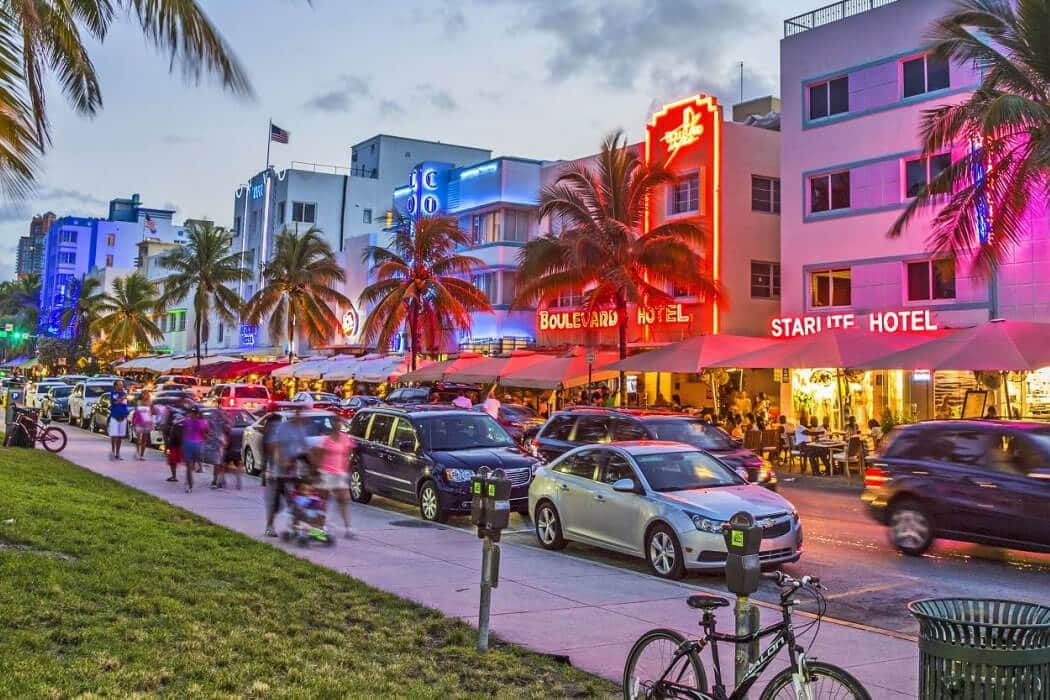Hotels In Ocean Drive The Heart Of Miami Beach